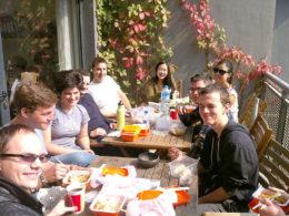 LTL Şanghay'da hep beraber öğle yemeği