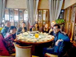 LTL Şanghay öğrencileri akşam yemeğinde