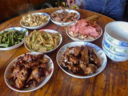Chengde'de aile akşam yemeği