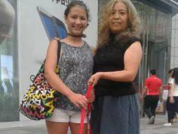 Chengde Lodice ile ev sahibi annesi