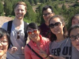 LTL öğrencileri ile personeli tatilde