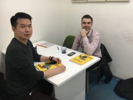 Şanghay'da Alex öğretmenimiz