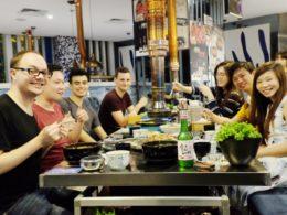 Şanghay öğrencileri ve personeli ile akşam yemeği