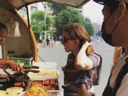 Pekin'de kahvaltı satın almak