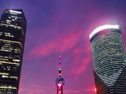 Şanghay'ın aydınlık geceleri