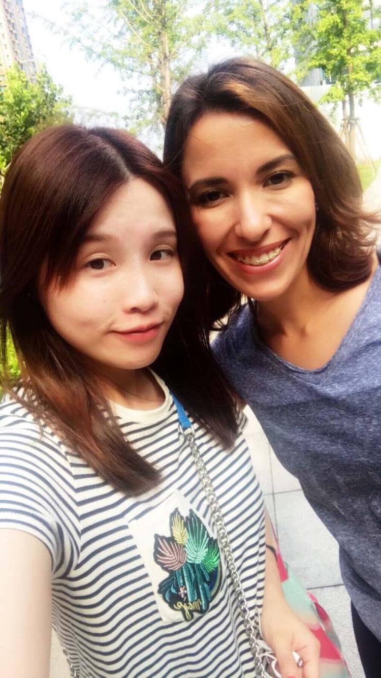 Natalia öğrencimiz arkadaş ediniyor