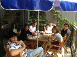 Öğrenciler Çince ders arasında